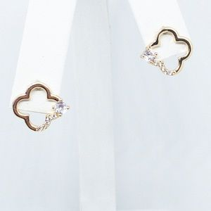 Jewelry - Clover Gold and Diamond Stud Earrings